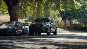 2018 Mercedes-Benz GLE TV Spot, 'Sneak Attack' [T1] - Thumbnail 6