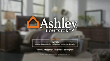 Ashley New Year's Furniture and Mattress Event TV Spot, 'Ring in 2018' - Thumbnail 6