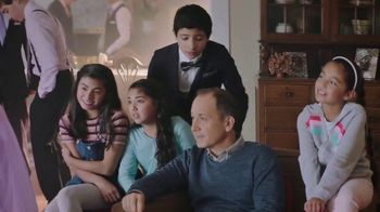 McDonald's $1 $2 $3 Dollar Menu TV Spot, 'Quinceañera' [Spanish] - Thumbnail 4