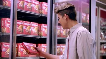 Hot Pockets Premium Pepperoni Pizza TV Spot, 'Orgullo de mamá' [Spanish] - Thumbnail 1