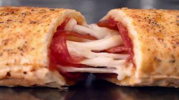 Hot Pockets Premium Pepperoni Pizza TV Spot, 'Orgullo de mamá' [Spanish] - Thumbnail 7