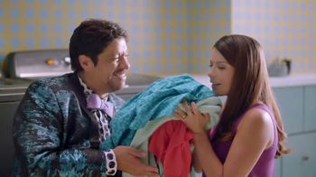 Downy Unstopables TV Spot, 'Frescura intensa' [Spanish]