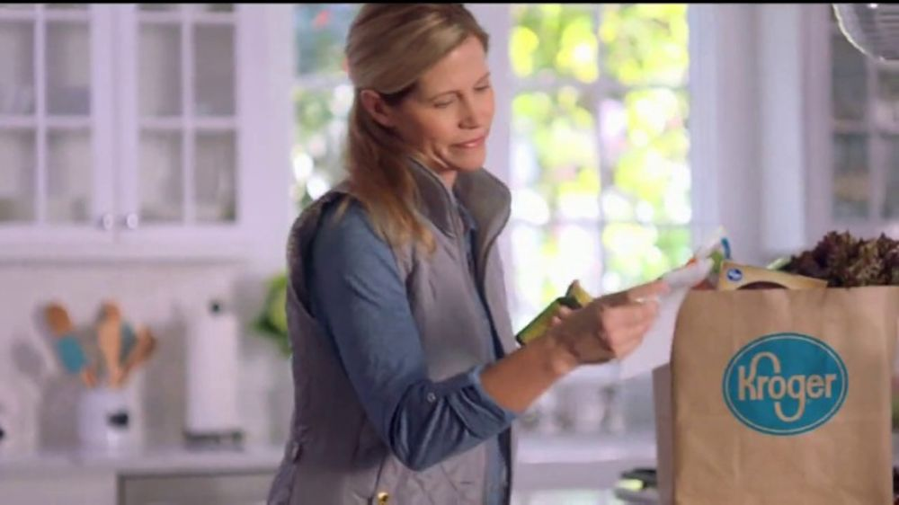 The Kroger Company TV Commercial, 'At Your Fingertips'