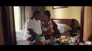 Clorox TV Spot, \'Clean Matters: Changing the Sheets\'
