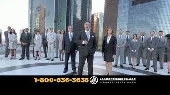 Los Defensores TV Spot, 'Choques fuertes' con Jorge Jarrín [Spanish] - Thumbnail 9