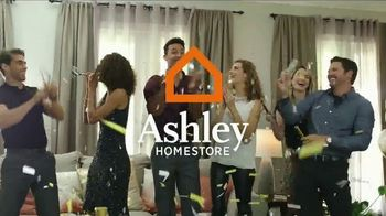 Ashley HomeStore New Year's Savings Bash TV Spot, 'Cheers' - Thumbnail 2