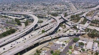 Chevrolet TV Spot, 'Charla en la carretera' [Spanish] [T1] - Thumbnail 1