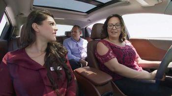 Chevrolet TV Spot, 'Charla en la carretera' [Spanish] [T1] - Thumbnail 10