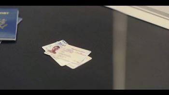 Experian Identity Theft Protection TV Spot, 'Conveyor Belt DWS' - Thumbnail 5