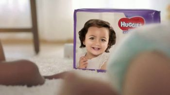 Huggies Little Movers TV Spot, 'Set Your Baby Free' - Thumbnail 6