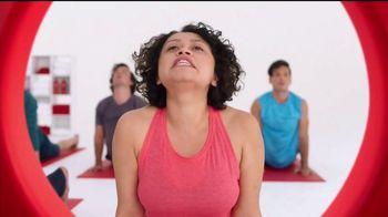 Target TV Spot, 'Target Run: Yoga' [Spanish] - Thumbnail 5