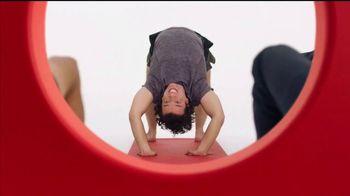 Target TV Spot, 'Target Run: Yoga' [Spanish] - Thumbnail 6