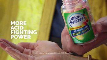 Alka-Seltzer Heartburn Relief Chews TV Spot, 'Fireman in the Cafe' - Thumbnail 4