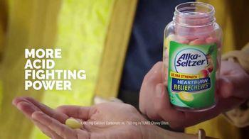 Alka-Seltzer Heartburn Relief Chews TV Spot, 'Fireman in the Cafe' - Thumbnail 5