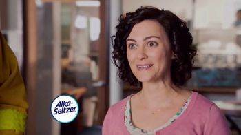 Alka-Seltzer Heartburn Relief Chews TV Spot, 'Fireman in the Cafe'