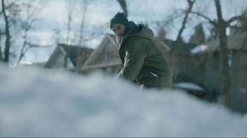 Kleenex Soothing Lotion TV Spot, 'Shoveling Snow'