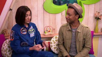 ABCmouse.com TV Spot, 'Universal Kids: Nicole Stott' - Thumbnail 4