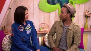 ABCmouse.com TV Spot, 'Universal Kids: Nicole Stott' - Thumbnail 5