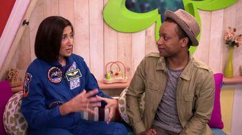 ABCmouse.com TV Spot, 'Universal Kids: Nicole Stott' - Thumbnail 6