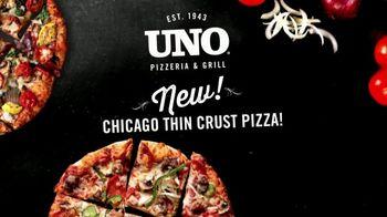 Uno Pizzeria & Grill Chicago Thin Crust Pizza TV Spot, 'Big on Taste' - Thumbnail 9