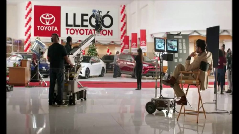 Toyota Toyotathon TV Commercial, 'Acci??n' [Spanish] [T1