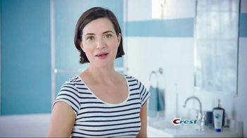 Crest Gum Detoxify TV Spot, 'Iceberg' - Thumbnail 1