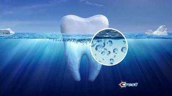 Crest Gum Detoxify TV Spot, 'Iceberg' - Thumbnail 3
