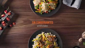 Lean Cuisine Marketplace TV Spot, 'Maestra: Chicken With Almonds' [Spanish] - Thumbnail 4