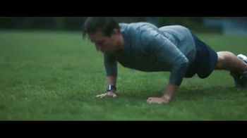 Fitbit Ionic TV Spot, 'Designed for Fitness: $30 Off' - Thumbnail 5