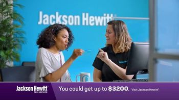Jackson Hewitt No Fee Refund Advance TV Spot, 'Don't Wait' - Thumbnail 3