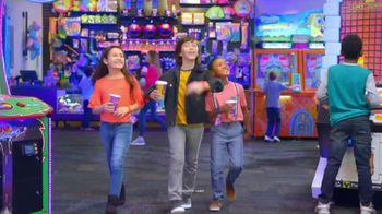Chuck E. Cheese's Rip It, Win It TV Spot, 'Console Bundle & Gaming Center' - Thumbnail 1