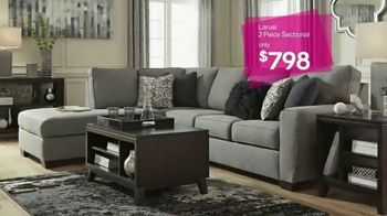Ashley HomeStore New Year's Savings Bash TV Spot, 'A New Look' - Thumbnail 3