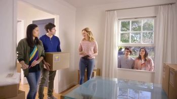 Realtor.com TV Spot, 'Moving Day & the Not-Yous' Featuring Elizabeth Banks - Thumbnail 4