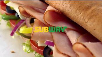 Subway $4.99 Footlongs TV Spot, 'Casi nada' [Spanish] - Thumbnail 1