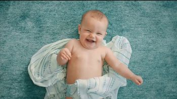 Huggies Little Movers TV Spot, 'Libera at tu bebé' [Spanish] - Thumbnail 4