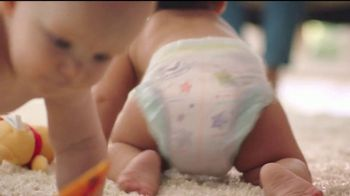 Huggies Little Movers TV Spot, 'Libera at tu bebé' [Spanish] - Thumbnail 7