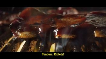 Applebee's All You Can Eat Riblets & Tenders TV Spot, 'Table' - Thumbnail 3