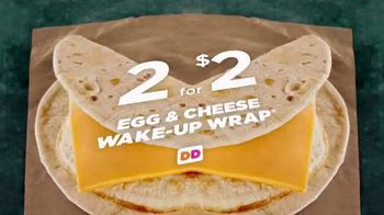 Dunkin' Donuts Egg & Cheese Wake-Up Wrap TV Spot, 'High Fives' - Thumbnail 2
