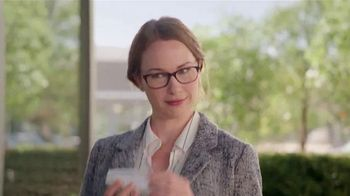 America's Best Contacts and Eyeglasses Designer Sale TV Spot, 'Red Carpet' - Thumbnail 6