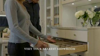 California Closets Winter White Event TV Spot, 'Italian-Inspired Woodgrain' - Thumbnail 5