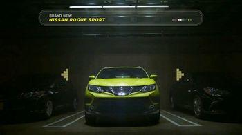 2017 Nissan Rogue Sport TV Spot, 'Surprises: Bonus Cash' Song by Beck [T2] - Thumbnail 3