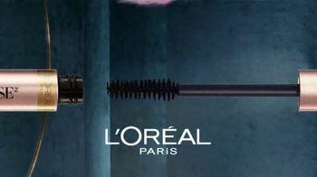 L'Oreal Paris Lash Paradise TV Spot, 'Plumas' con Elle Fanning [Spanish] - Thumbnail 4
