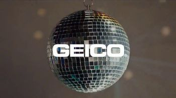 GEICO TV Spot, 'Breakbeats' Featuring Tony Dungy, Rodney Harrison - Thumbnail 9