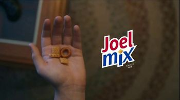 Chex Mix TV Spot, 'Joel's Mix: Pick Your Chex Mix' - Thumbnail 10