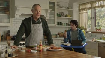 GolfNow.com TV Spot, 'Millennial Son Won't Move Out' Featuring Tom Virtue - Thumbnail 3