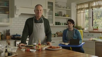 GolfNow.com TV Spot, 'Millennial Son Won't Move Out' Featuring Tom Virtue - Thumbnail 9
