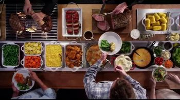 Golden Corral Prime Rib & Shrimp Spectacular TV Spot, 'Saddle Up'
