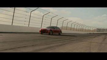 2018 Kia Stinger TV Spot, 'Cada corredor' con Emerson Fittipaldi [Spanish] [T1] - Thumbnail 8
