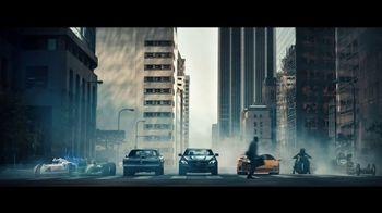 2018 Mercedes-Benz AMG E63 S Super Bowl 2018 TV Spot, 'Off the Line' [T1] - Thumbnail 4