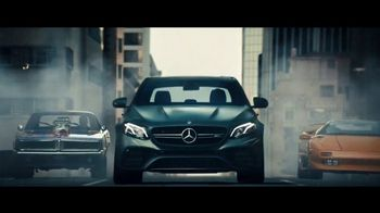2018 Mercedes-Benz AMG E63 S Super Bowl 2018 TV Spot, 'Off the Line' [T1] - Thumbnail 5